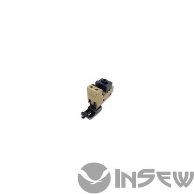 UMA-361-A Лапка для втачки манжета